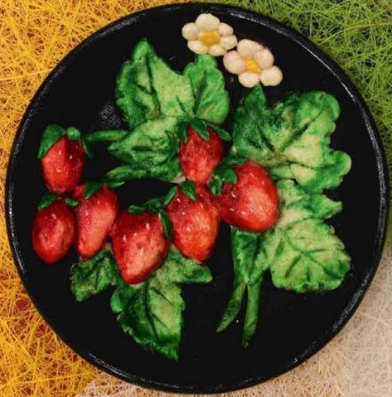 Декоративные тарелки из соленого теста